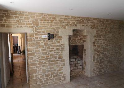 Décoration intérieure avec enduits imitation pierres
